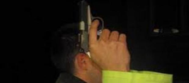 Polițiști sinucigași l câteva ore distanță