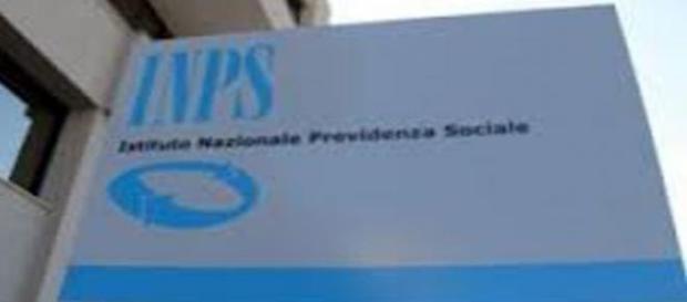 Cartellonistica con il logo dell'INPS