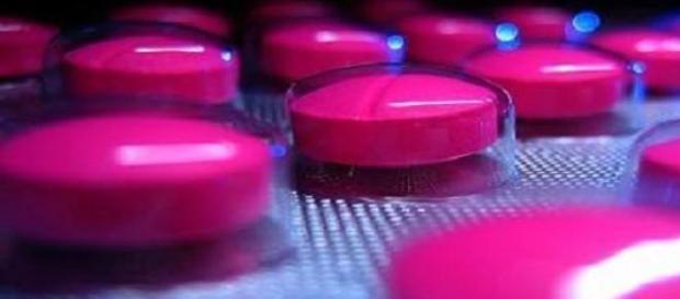 Ibuprofen, medicamente, medic, farmacist,probleme