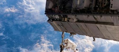 Centenas de satélites para distribuir internet