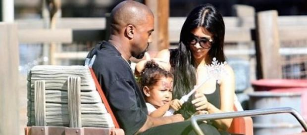Kanye West, North West et Kim Kardashian à Disney.