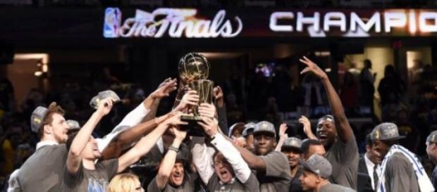 Los Warriors ganaron el anillo luego de 40 años