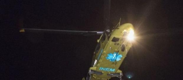 Dois helicópteros ajudaram na evacuação