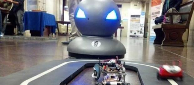 El robot y los autos, las principales atracciones