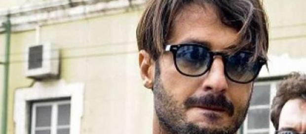 Fabrizio Corona fuori dal carcere è un uomo libero
