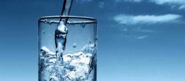 Tomar água demais pode matar