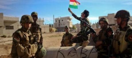 'EI' fue vencido en Tal Abyad por fuerzas Kurdas