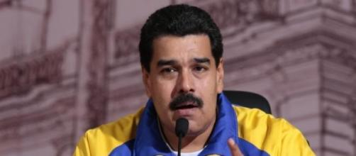 Maduro defiende a México del racismo de Trump