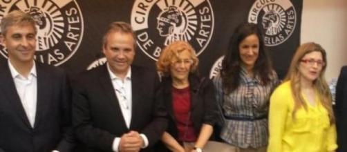 Carmena y Villacís junto a Carmona del PSOE