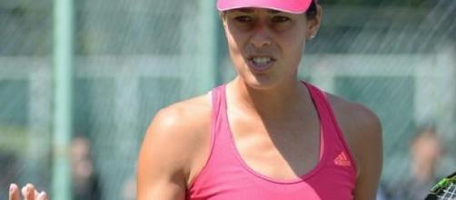 Ivanovic will play Safarova in the semi-finals
