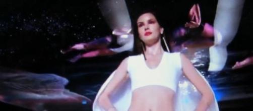 O sonho de ser modelo leva Angel à prostituição
