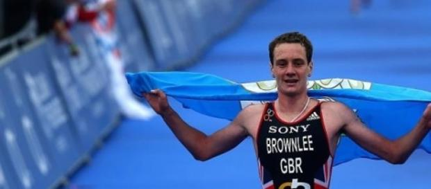 Alastair Brownlee winning in London