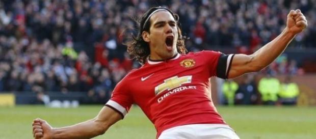 Falcao celebra un gol con el United.