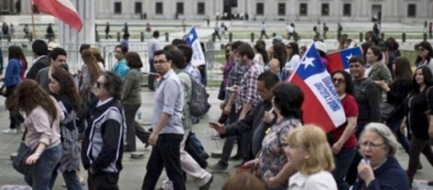 Les enseignants font une grève contre la réforme.