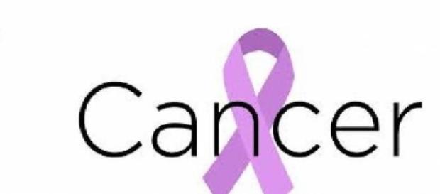 Omenirea e bucuroasă, cancerul a fost învins!