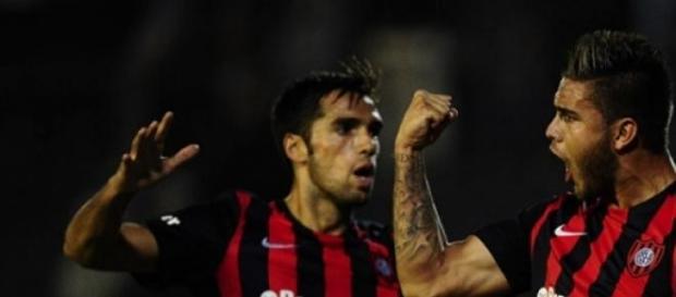 Villalba hace goles importantes, esta vez a Quimes