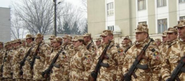 Ministrul cere stagiul militar.
