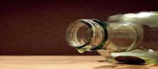 Ottanta persone vittime di un liquore contraffatto