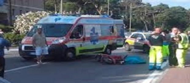 Soccorritori sul luogo della tragedia in Versilia.