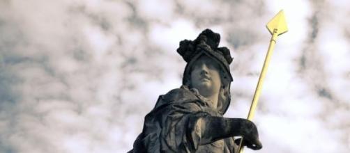Pensioni, la Grecia cede ai tagli sulla previdenza