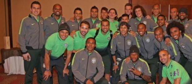 Neymar se despede da seleção