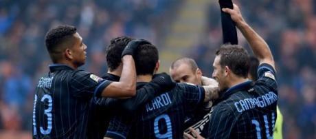 L'Inter cerca nuovi centrocampisti.