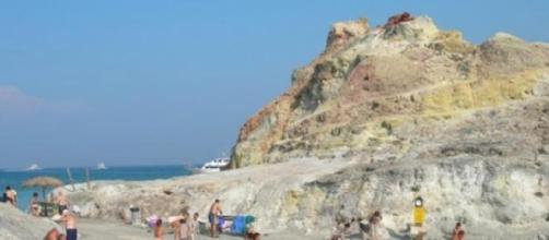 Isola del Vulcano, gettonata dai vacanzieri