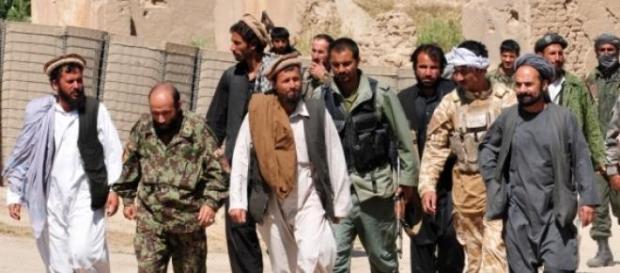 Talibani într-o regiune controlată de forţele lor