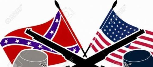 Bandiera unionista e bandiera confederata.