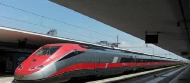 Abbonamento Treni alta velocità, prenotazione