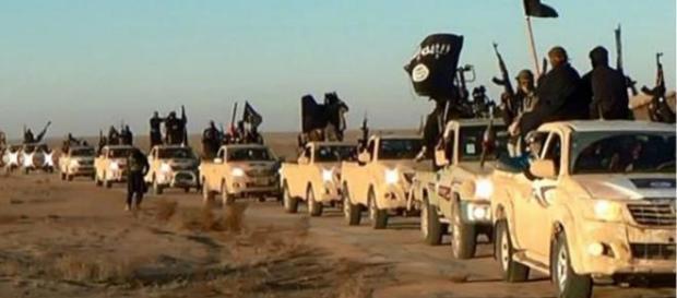 Isis, nuove raccapriccianti esecuzioni