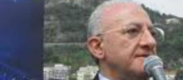 Renzi: presto De Luca sarà sospeso.