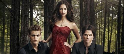 Stefan, Elena y Damon en Crónicas Vampíricas