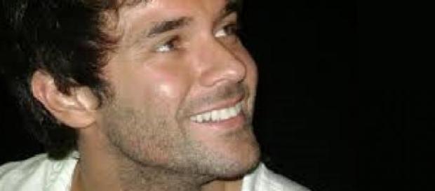 Martinez develó llegada del primer beso en ficción