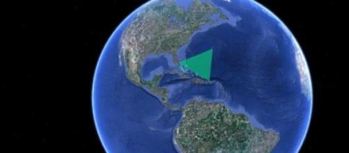 Localização do Triângulo das Bermudas no Atlântico