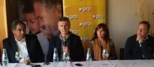 Mauricio Macri y Julio Martinez en La Rioja