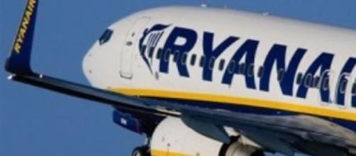 Un Airbus della Ryanair in volo