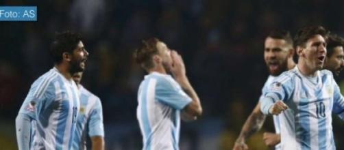 Argentina venció en penales a Colombia