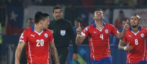 Mauricio Isla scored winner for Chile