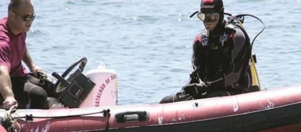 Mergulhadores não encontraram qualquer vítima.