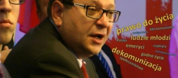 Zbigniew Stonoga podczas Kongresu Założycielskiego