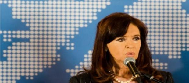 ¿CFK gobernadora de Santa Cruz?