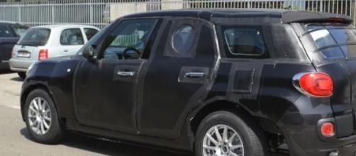 Alfa Romeo SUV con muletto 500XL.