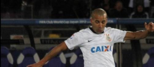 Emerson em sua passagem vitoriosa pelo Corinthians