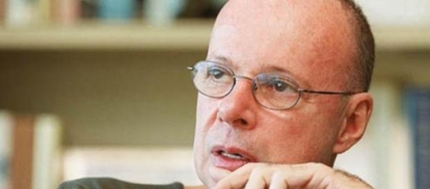 Autor de 'Babilônia' pode ser demitido da Globo