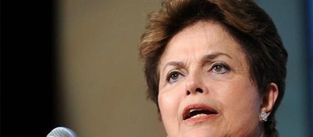 Dilma sanciona nova lei do trabalhador doméstico