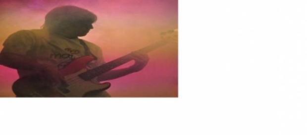 """Jonatán Adrover el bajista de los """"Obreros Rock"""""""
