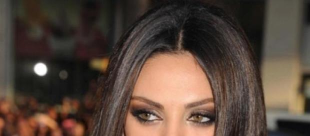 Mila Kunis, hărţuită de acelaşi bărbat