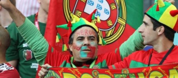 No Jamor cantou-se A Portuguesa a plenos pulmões.