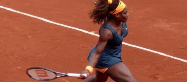 Serena cruised past Errani in the quarter-finals